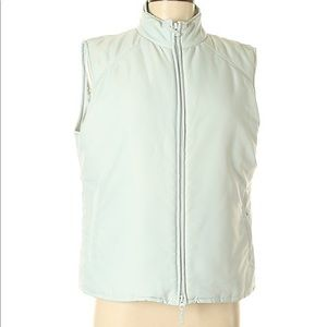 Cutter and buck vest medium